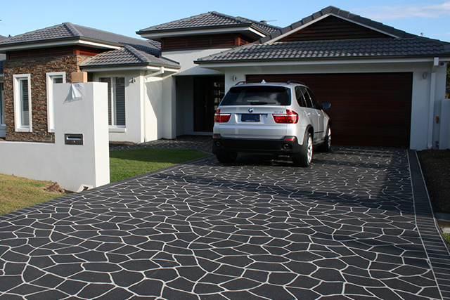 mobile repairer ideal driveway