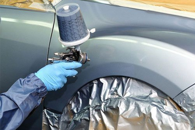 mobile repairer spray paint