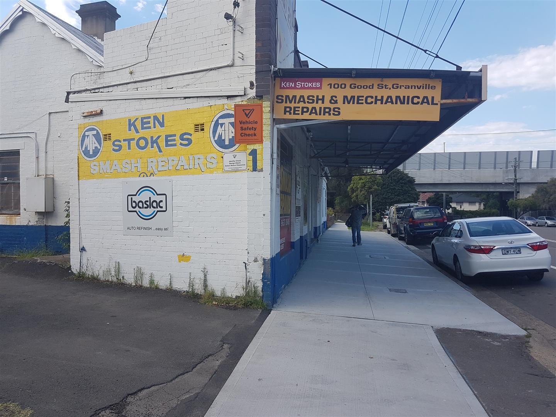 Ken Stokes Smash Repairs Photos