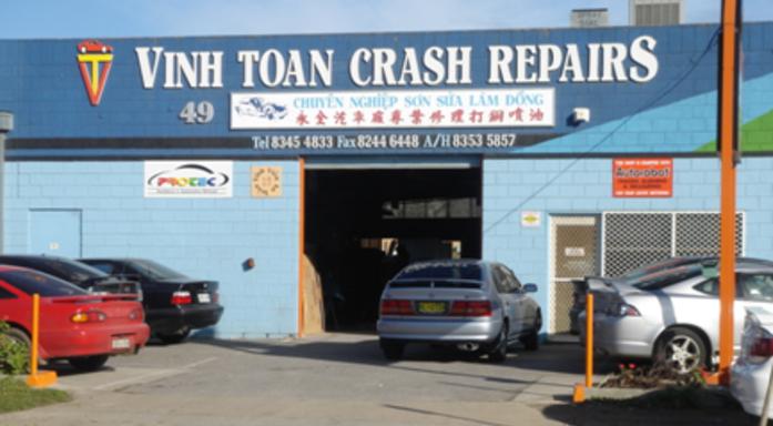 Vinh Toan Crash Repairs Photos