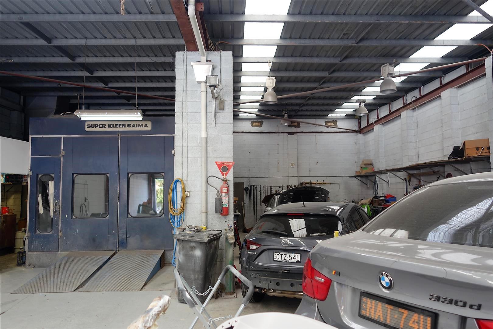 Artarmon Auto Body Repairs Photos