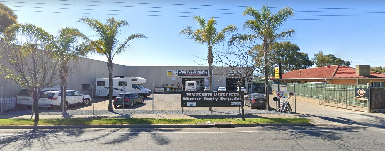 Western Districts Motor Body Repairs Photos