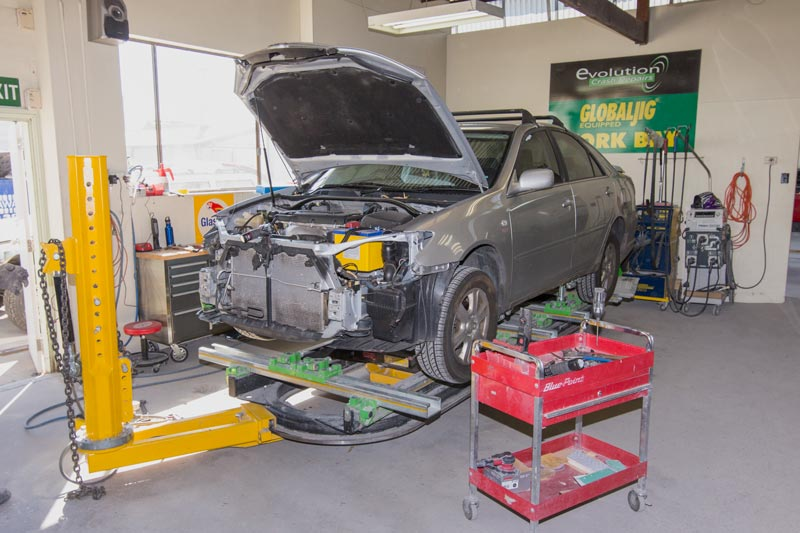 Evolution Crash Repairs Photos