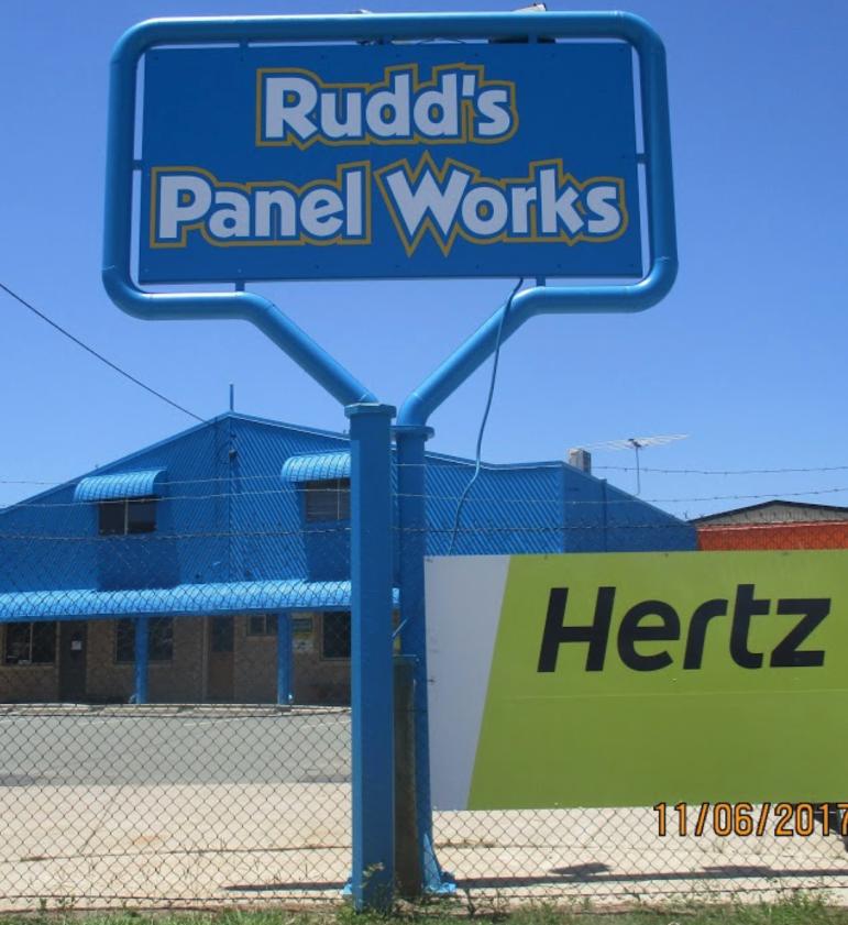 Rudd's Panel Works Photos