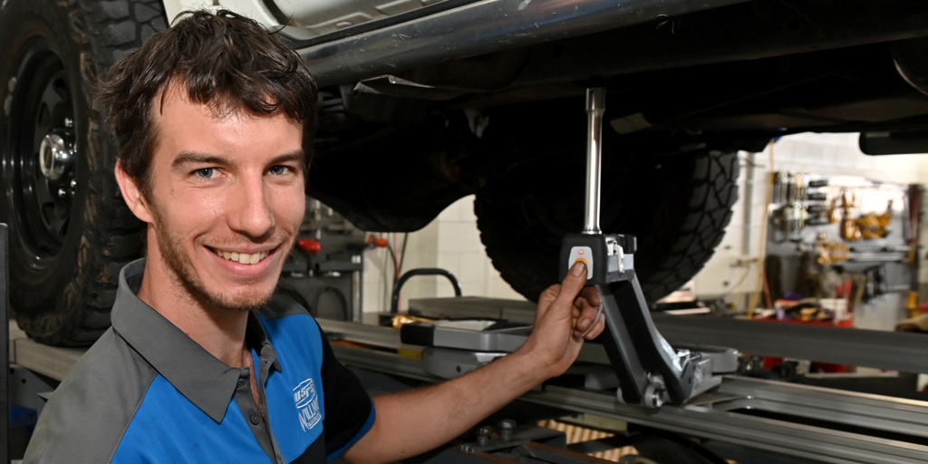 Willmot Smash Repair Specialists Photos