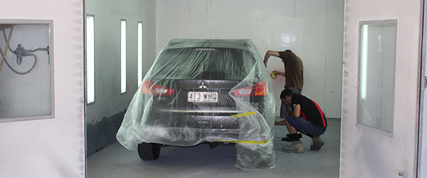 J&B Automotive Spray Painting Photos